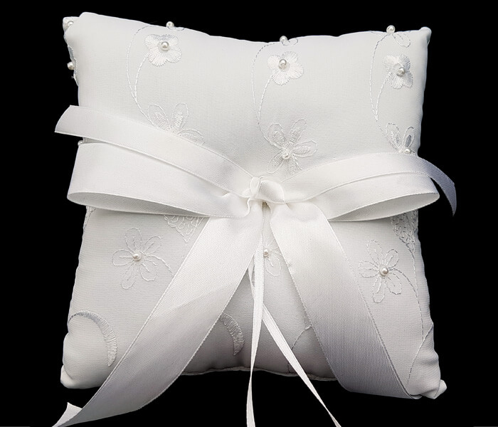 120-1027P White ring Pillow Embroided Flowers and pearls 8.50