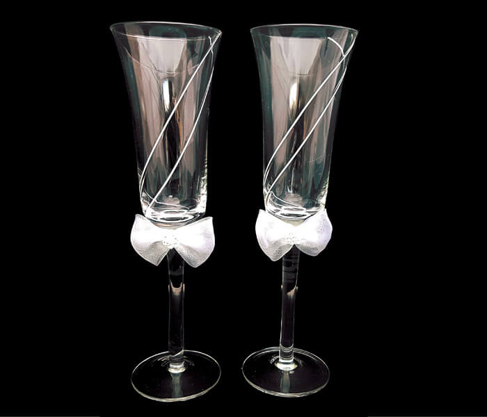 120-716 Toasting Glasses white line 20.00 pra