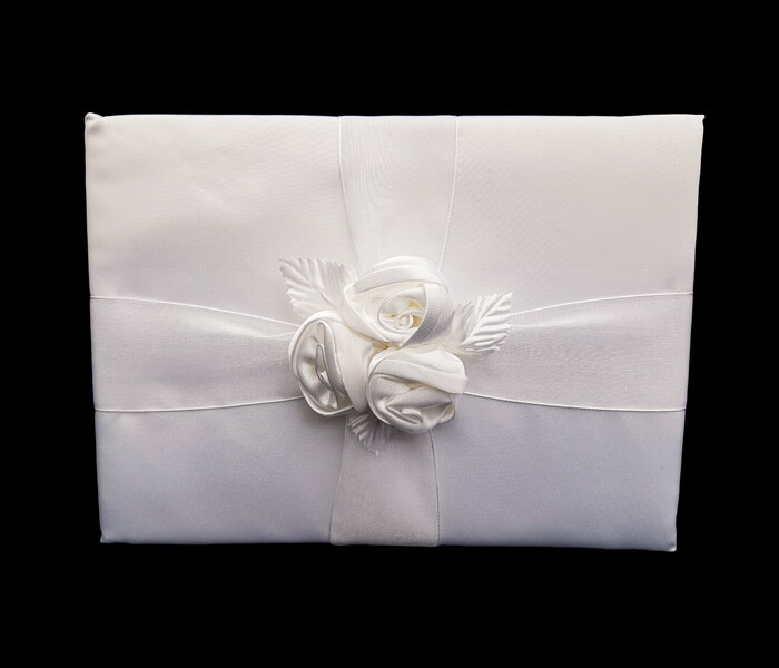 BR-1486 11 Only Guet Books 3 white Roses Comes with Bride _ Groom Family Pages Bride _ Groom Attendants Pages with 60 Pages for Guests to Sign 12.50