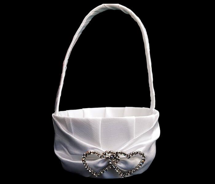 KW6C4-01WHITEKW6C4 IVORY Flower Basket with diamante Hearts 12.00